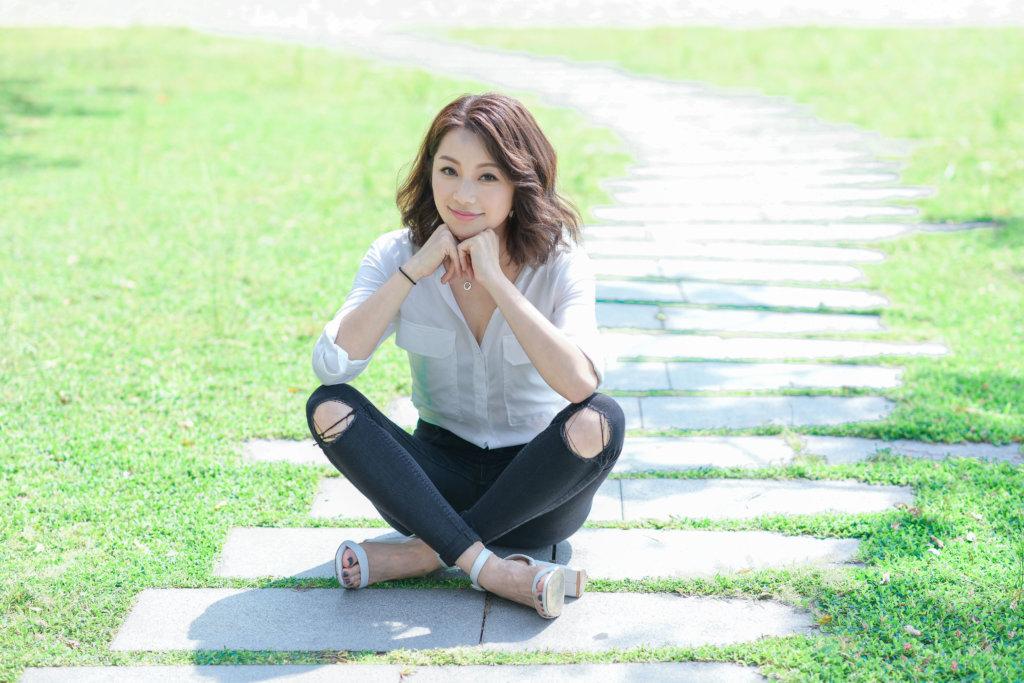 楊柳青近日簽約無綫,在《解決師》中飾演女秘書,令她成功入屋。