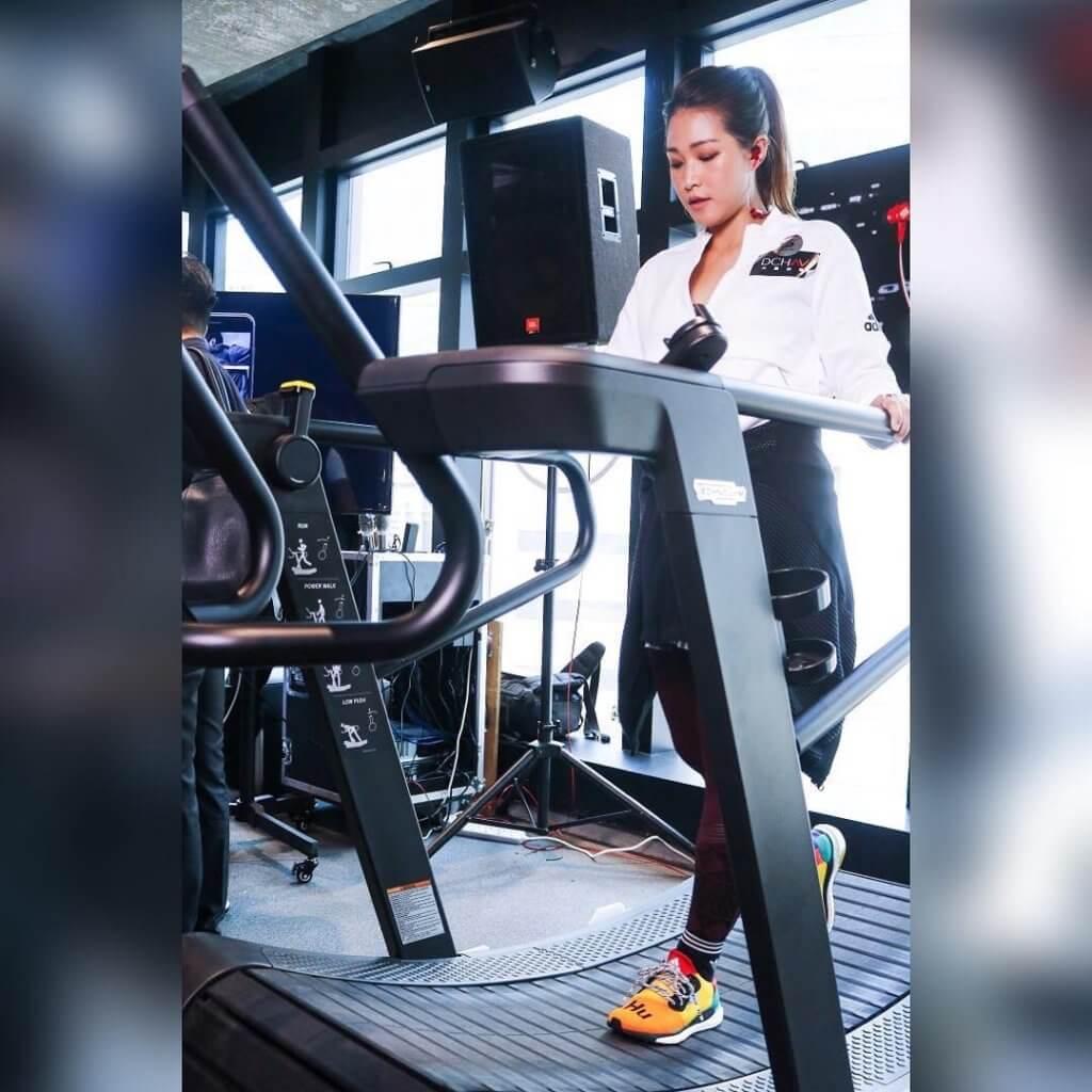最近勤做健身的吳嘉熙,希望操到有肌肉的線條。
