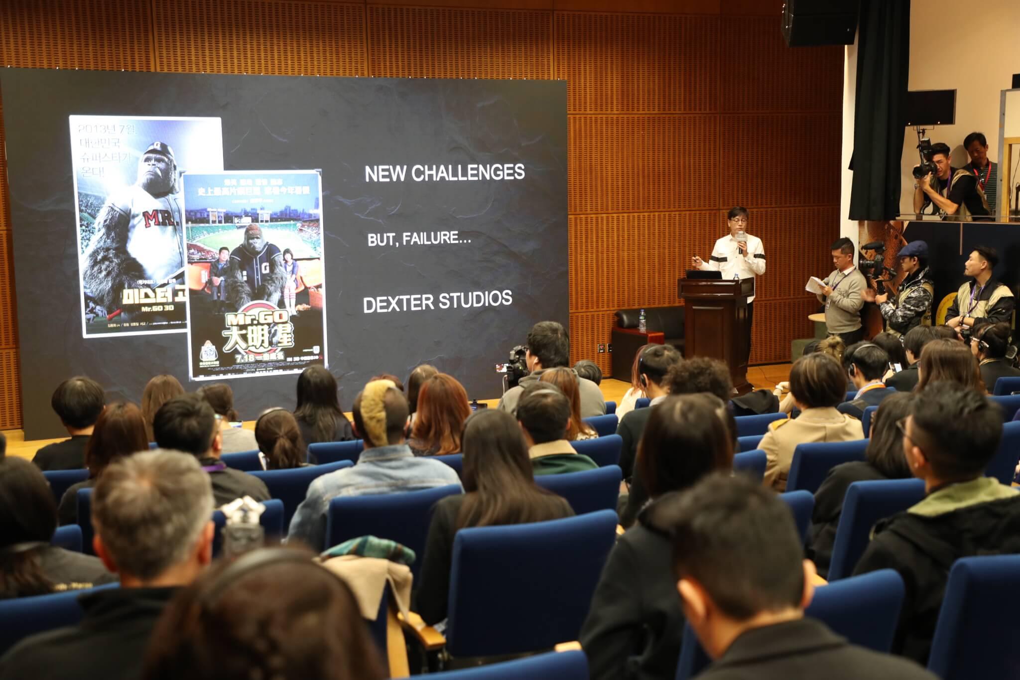 訪問當日,導演出席了電影節舉辦的大師班,分享製作電影心得,座無虛席。