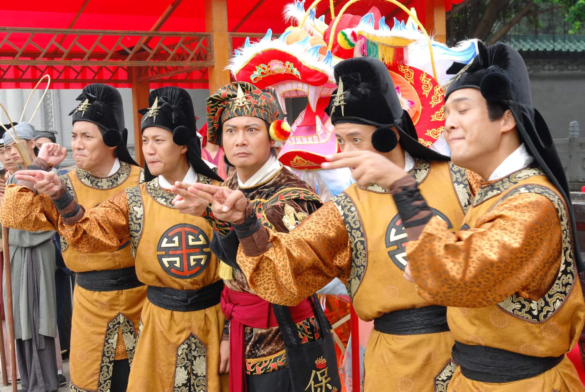 錢嘉樂當年於劇集《王老虎搶親》中演出生鬼,令監製潘嘉德萌生搬上舞台的念頭。
