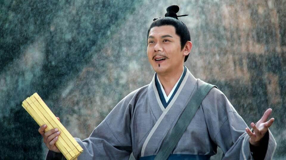 梅小青找他飾演內地劇《衛子夫》的易叔叔後,成功打開內地市場。