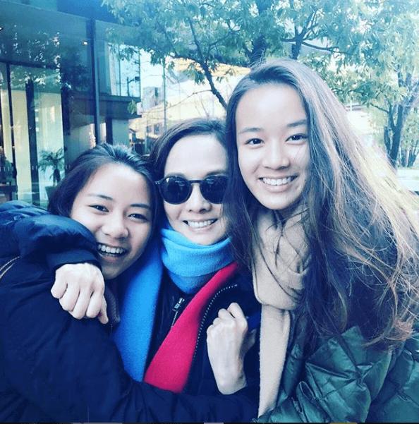 毛舜筠慶幸與兩女兒像朋友般,每逢節日,大家都期待一起旅行的日子。