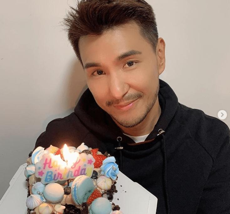 陳展鵬早前生日獲太太親手整了一個有「R」字的生日蛋糕。