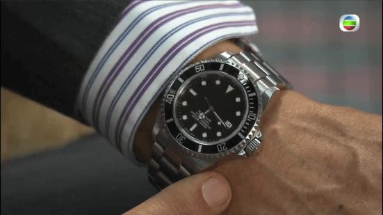 丹爺在《愛回家》第一集出動了名牌潛水錶