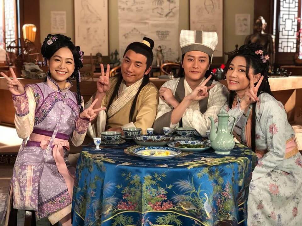 拍攝劇集《丫鬟大聯盟》時,與洪永城、湯洛雯及黃心穎等笑料百出,更成為好友。