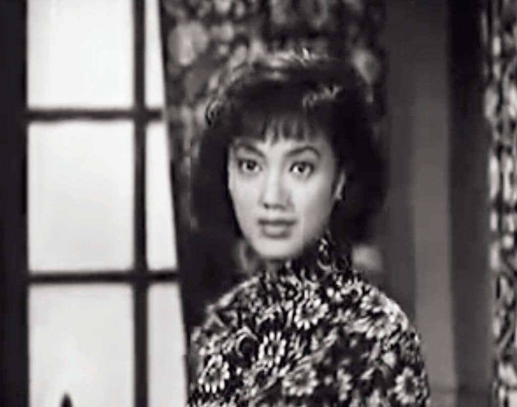 夏萍在粵語片版的《小婦人》中也有剪去長髮一幕。頭髮剪了可以重生,出道不久的這個有迷惘也有純真的眼神,卻是永遠留了下來。