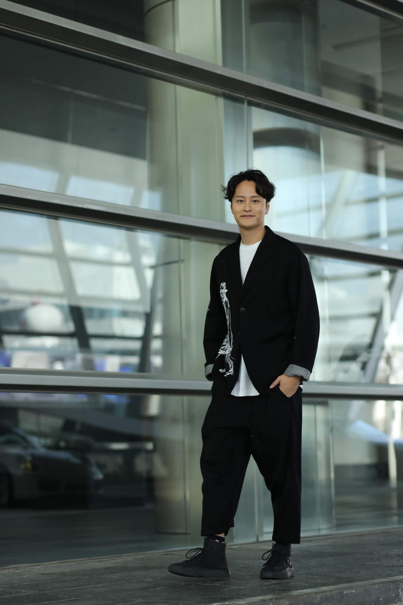 謝東閔於劇集《丫鬟大聯盟》「升呢」為第二男主角,又在去年簽約星夢娛樂,實行歌視雙棲發展。