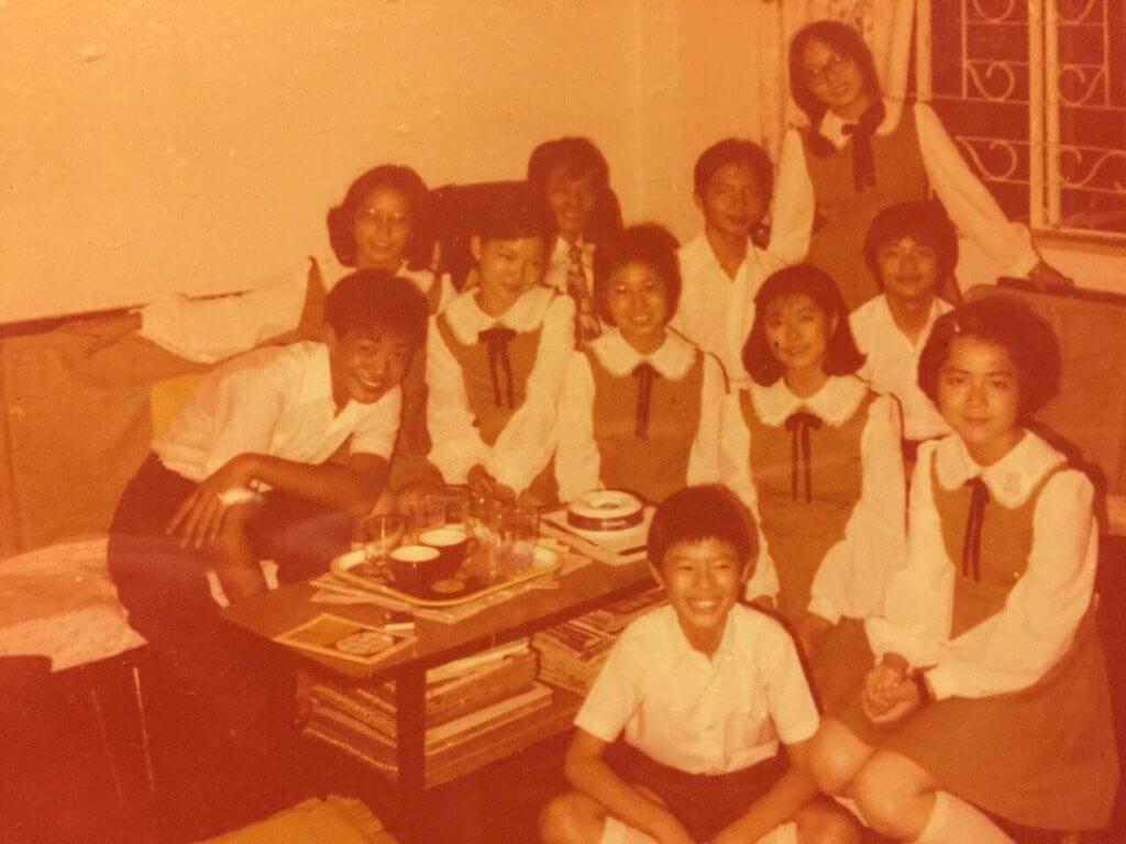 小時候參加兒童合唱團的合照