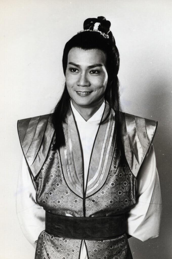 潘志文的古裝瀟灑,曾演楚香帥與無綫的鄭少秋《楚留香》爭收視。