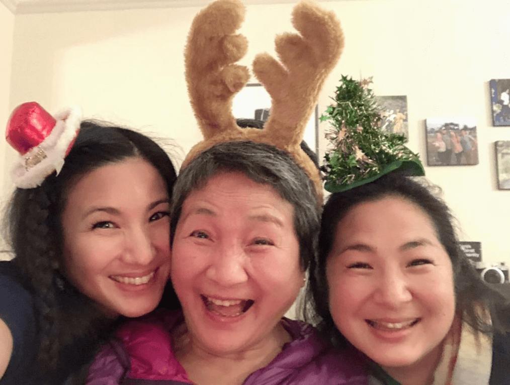 三母女一起過聖誕