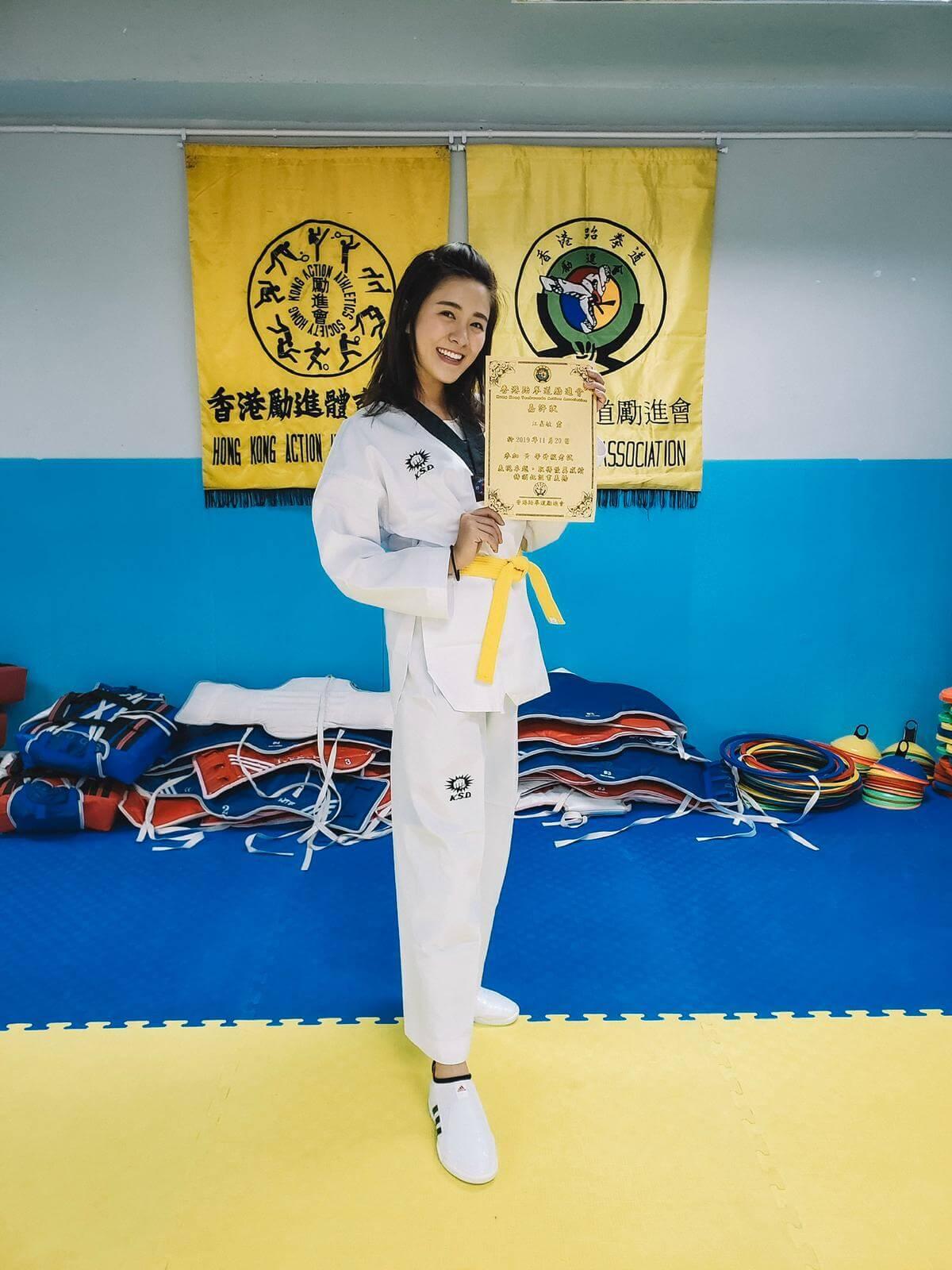 江嘉敏學了一個多月跆拳道已考獲黃帶。
