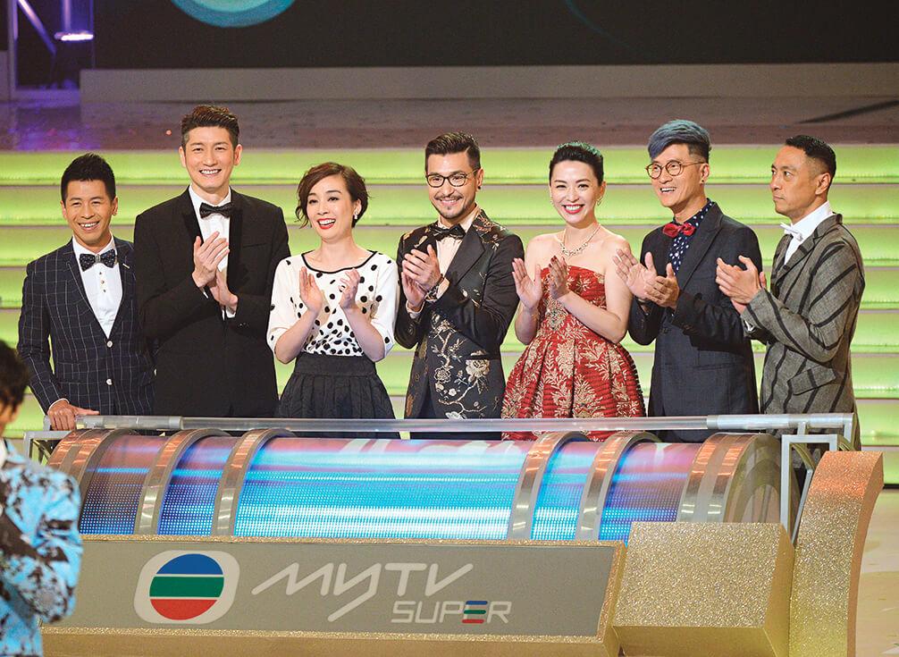 昔日的亞視紅人,現在都出現在無綫熒幕上,除了蔡國威,還有袁文傑、江美儀、陳展鵬、陳煒、林韋辰、姜皓文。