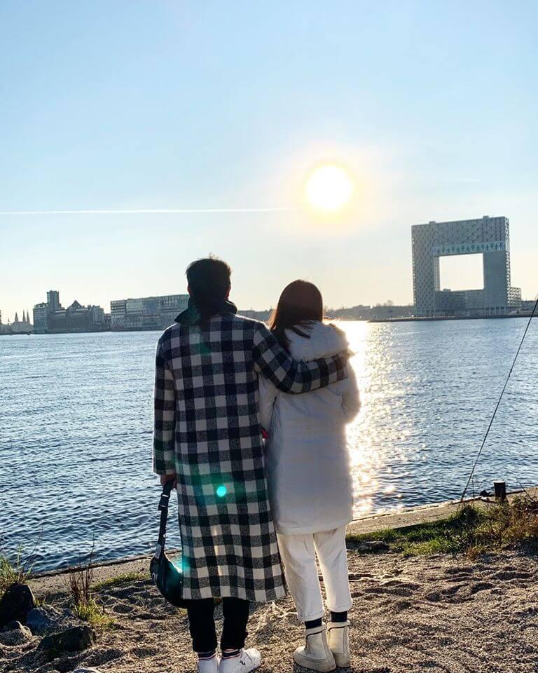 蕭正楠說兩人簡單一張合照,已經是一件浪漫事。