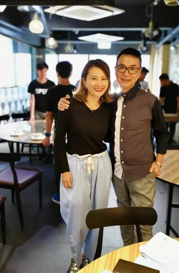 黃宇詩近年主力發展自家內衣生意,她近日與陳圖安主持香港開電視飲食節目《滋味人生》,以創業者身份與多位廚師交流。