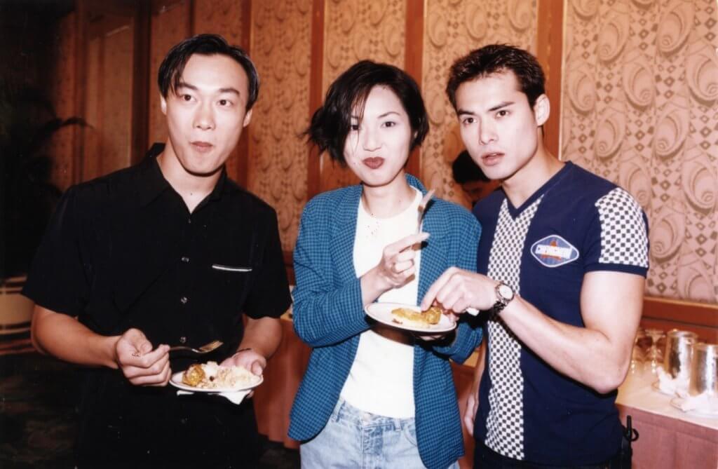 陳奕迅、楊千嬅與海俊傑曾是同門歌手,現在海俊傑與丁子高、楊千嬅仍有相約吃飯。