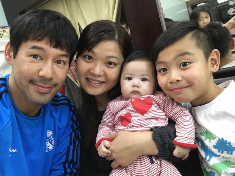 女兒包包出鏡後,徐榮全家人氣急升,現在他的家人專頁有過十萬粉絲。