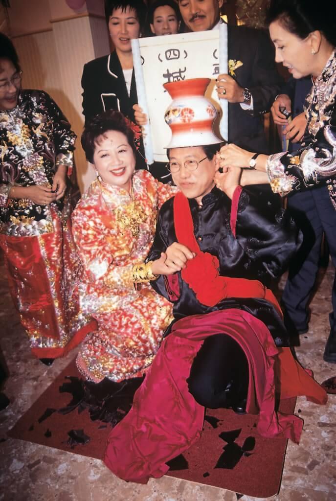 于洋九八年回流拍《真情》,演薛家燕的丈夫。