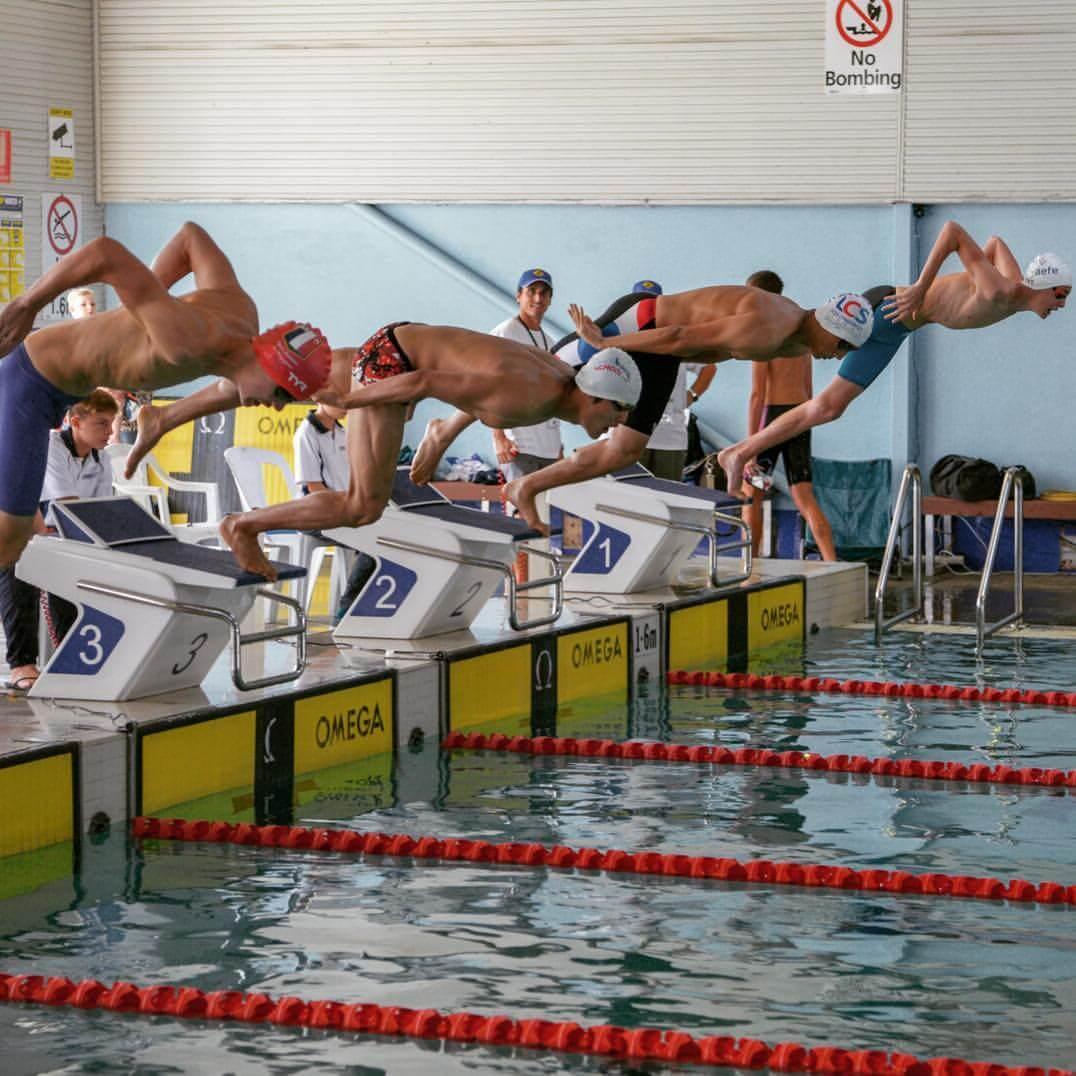 Xiang在澳洲升讀大學時更代表學校於澳洲悉尼的游泳比賽贏得八面個人金牌及全場總冠軍,另外又代表南華會泳隊在第60屆體育節長池游泳計時賽奪得50米自由泳銀牌,創下個人最佳時間。