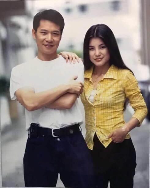 鄭子誠憑《真情》飾演的子浩一角成功入屋,他在劇中逼May May(馬蹄露)食泥的情節,令人印象深刻。