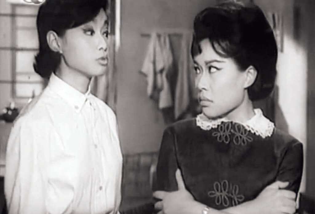 龐碧雲與南紅在《電梯女郎》(1965)中姊妹二人都是「揸𨋢妹」,但灰姑娘們終於覓得如意郎君,一個是建築師張英才,一個是電梯公司少東麥基。龐碧雲和南紅的對手戲「一時無兩」,妺妹每句台詞皆字正腔圓,姊姊反而從沒如此天然萌。