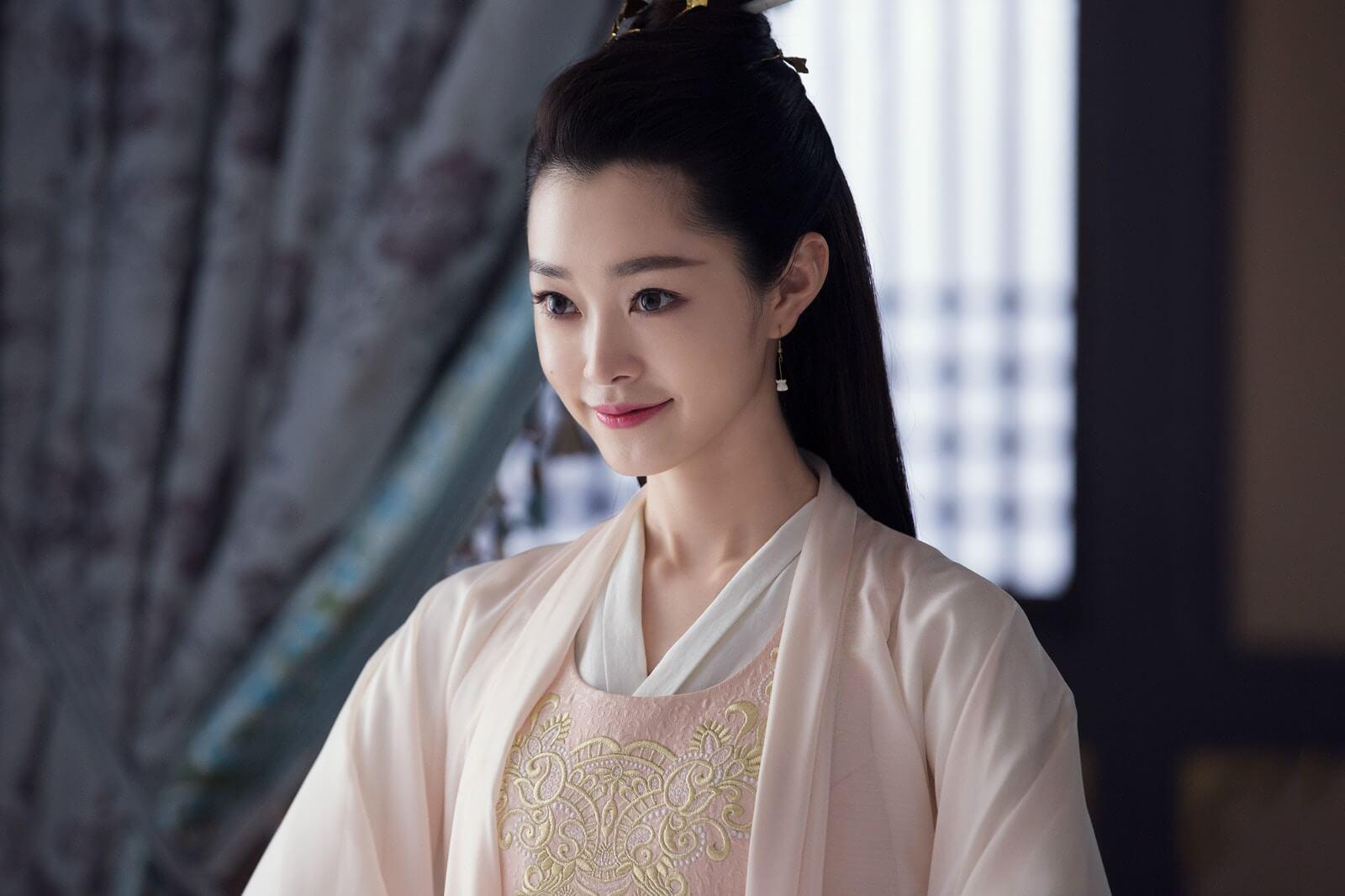 《慶餘年》在內地播出之後,宋軼上過不少綜藝,去年更拍攝了四套新劇待播。