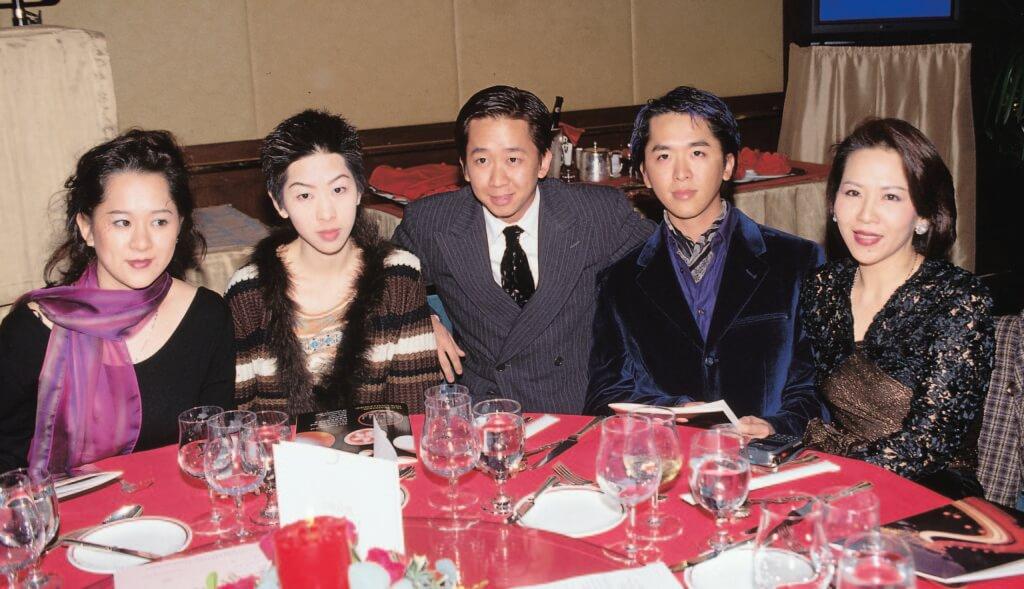 洪國華曾經與胞姊祥嫂的四名子女關係密切,近年卻鮮有聯絡。