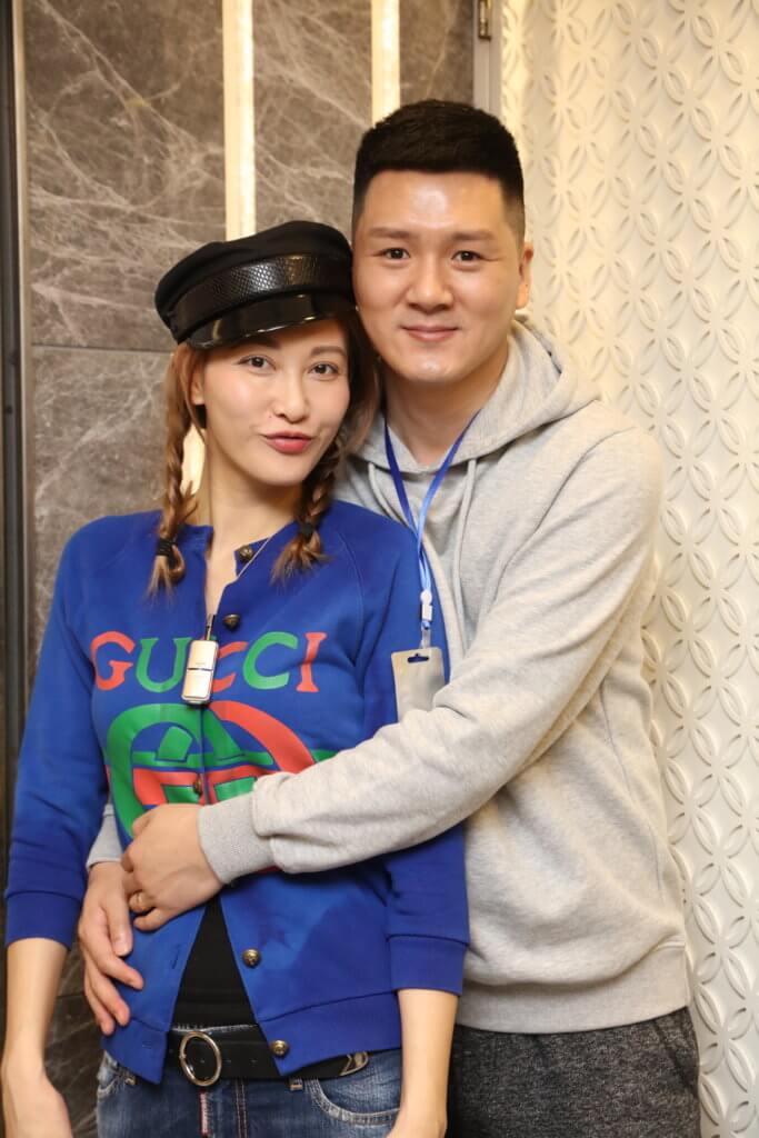 李彩華不介意和老公因為工作經常兩地分隔,她覺得這是感情保鮮之道。