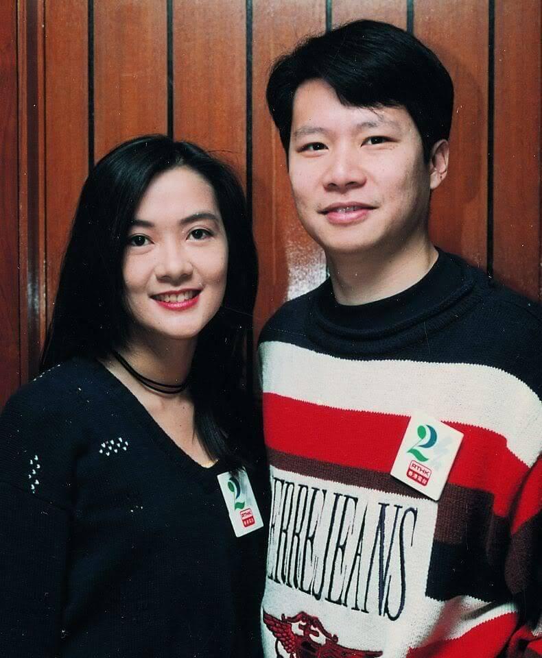 鄭子誠與太太劉倩怡一起走過半世紀,婚姻美滿。