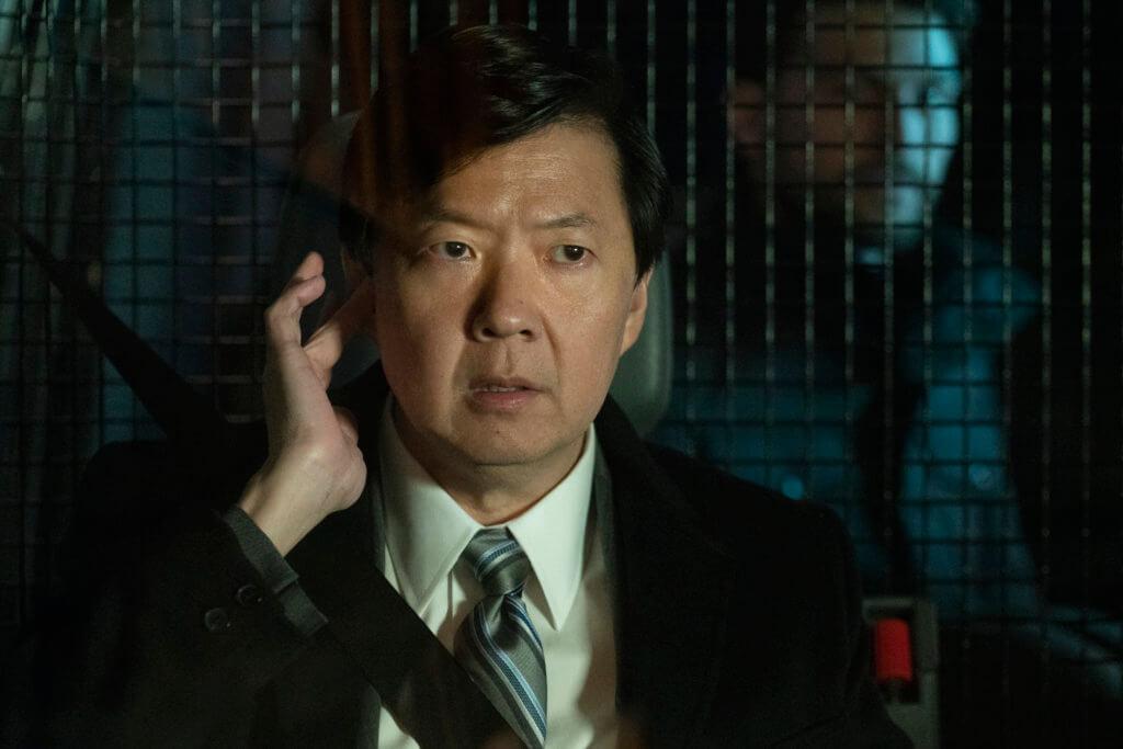 《醉爆伴郎團》系列諧星鄭康祖飾演惡頂CIA高層,增加不少笑點。