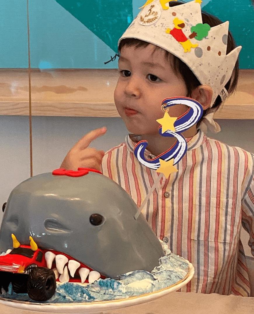 Avner3月20日踏入3歲