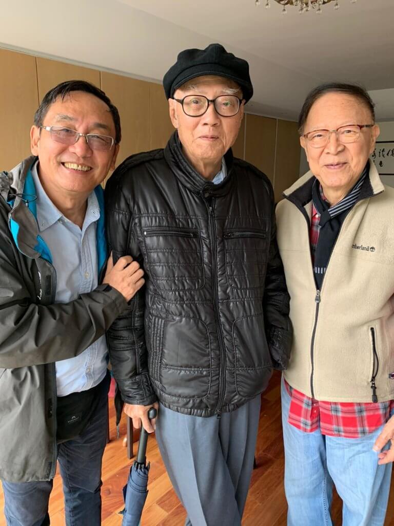 天叔的學生陳志成去年回港探親,特地約老師和King Sir鍾景輝茶聚。