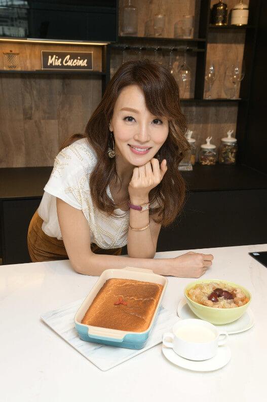 三道甜品皆是Eunis最愛的甜品,健康、養生又令皮膚增添彈性。