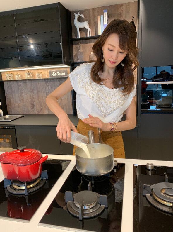 Eunis現在多了時間鑽研甜品,最喜歡煮給欣賞她甜品的人品嘗。