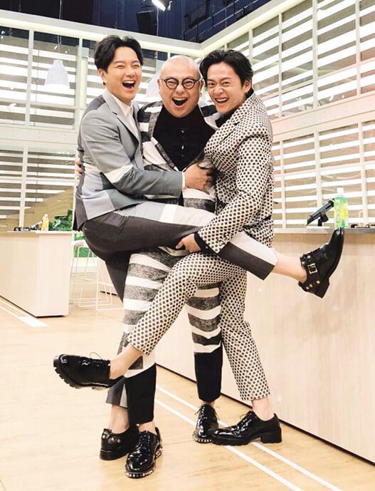 與蕭正楠和張振朗主持的《美女廚房》甚受歡迎,曾獲得最佳綜藝節目獎。
