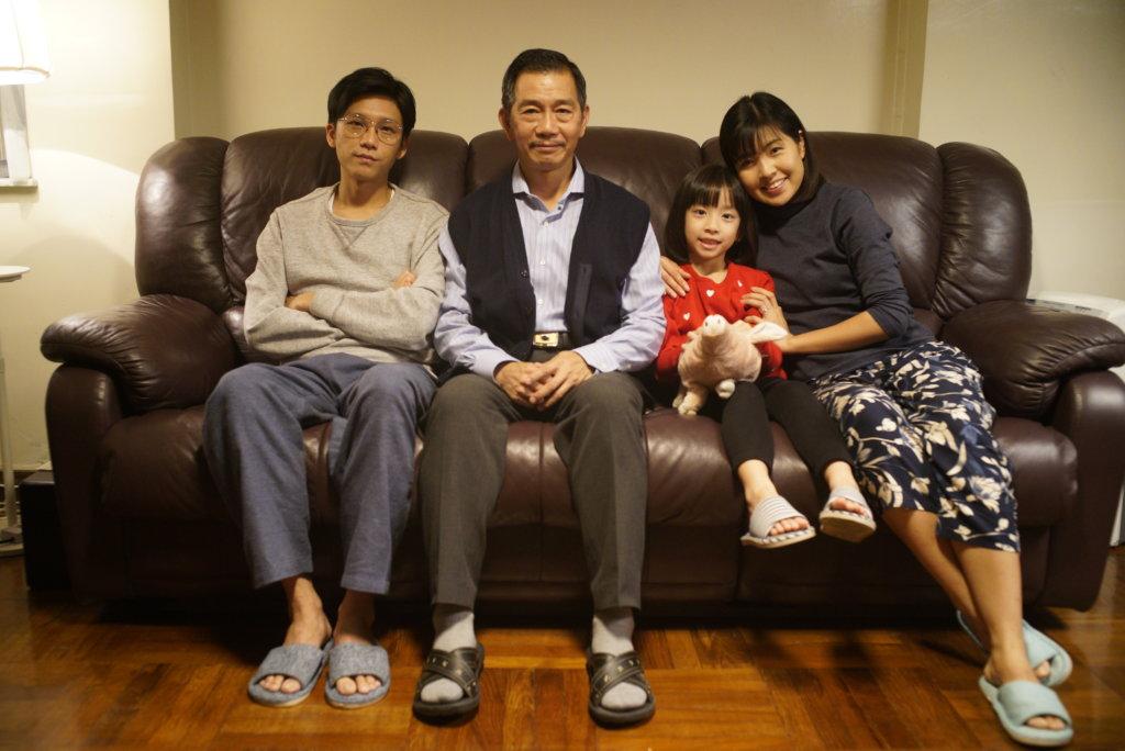 盧鎮業在電影《叔‧叔》飾演袁富華兒子,已婚,育有一名女兒。
