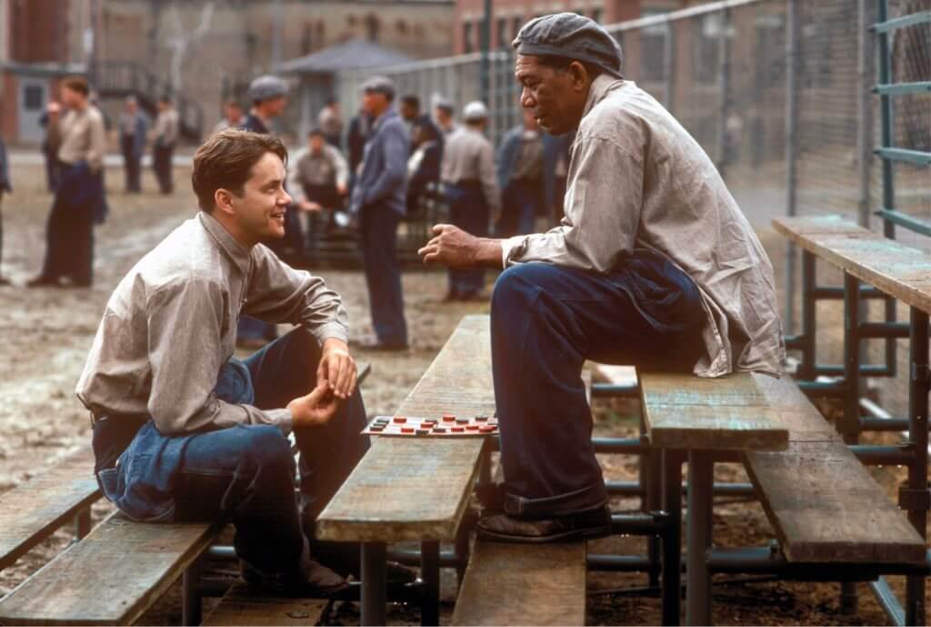 添羅賓斯(左)及摩根費曼在《月黑高飛》飾演的一對獄中莫逆之交,令影迷印象深刻。