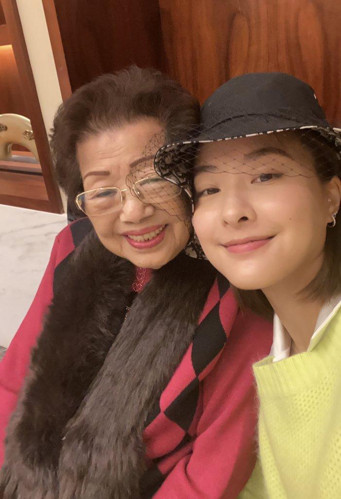 婆婆最開心是她可以留在身邊陪伴,更希望她在當地結婚生子。