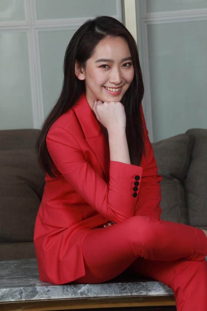 林愷鈴中學三年級,受同學影響開始努力讀書。