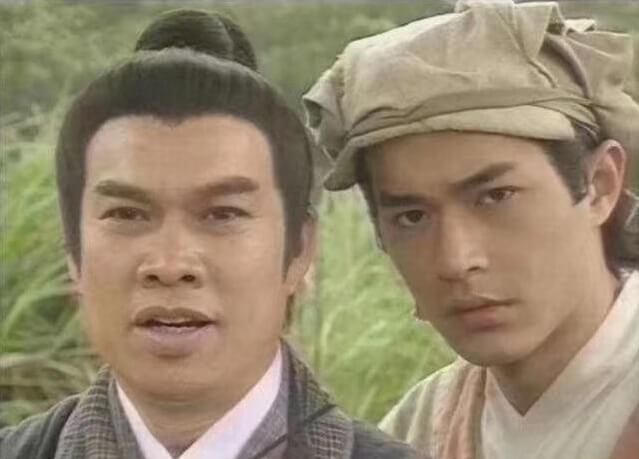 在九五年古天樂演楊過的《神鵰俠侶》,白彪第三度演郭靖。