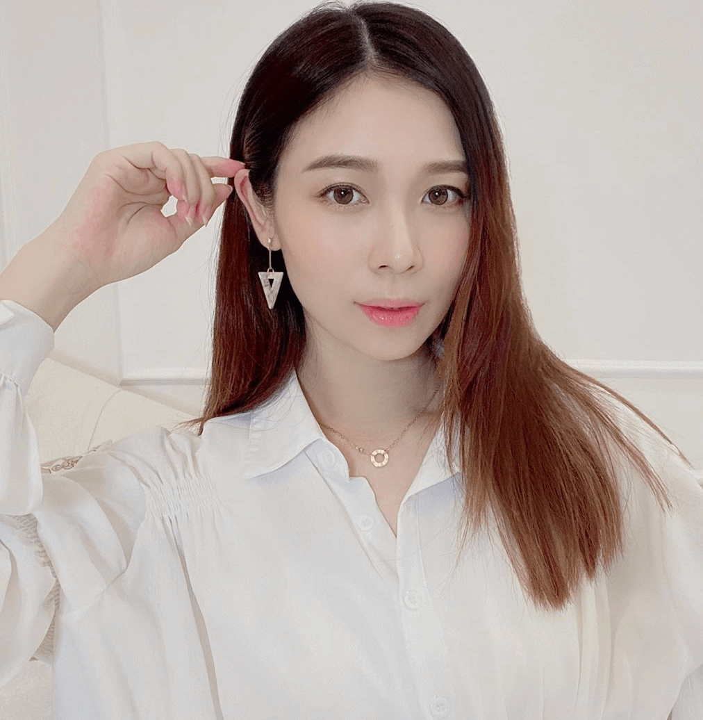 秀惠4月穿上鬆身襯衣拍宣傳片