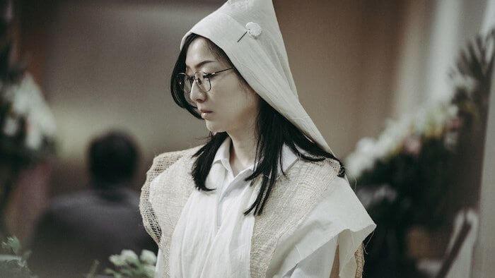 鄭秀文六度提名影后,爾冬陞說無須感覺遺憾,他記得劉青雲七次提名才得獎,愈遲得獎,獲得的掌聲更大。