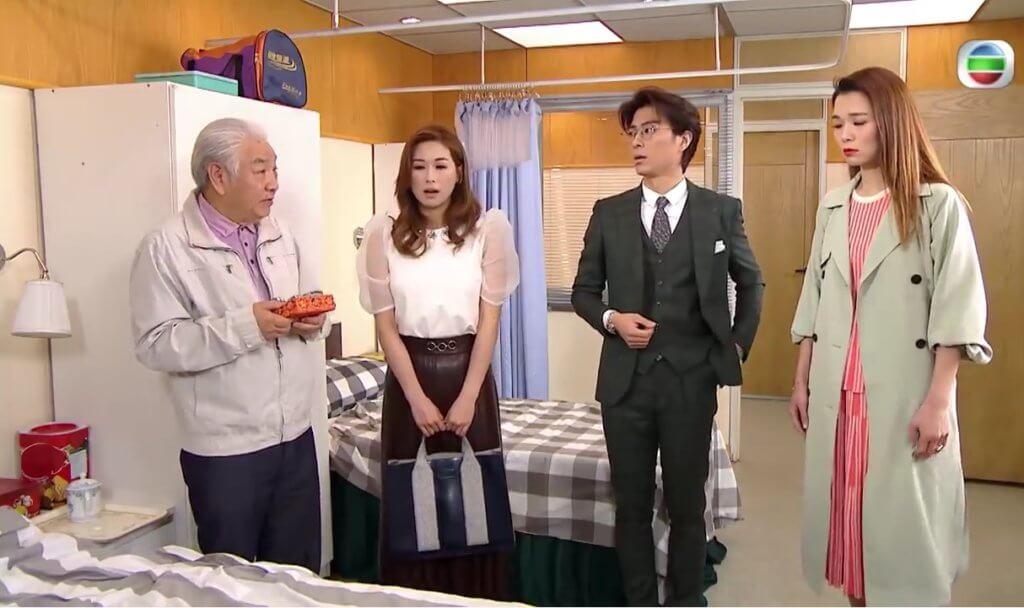 蔡國慶在《愛‧回家之開心速遞》飾演龔燁(張景淳)患腦退化症的爸爸,經常鬧出不少笑話。