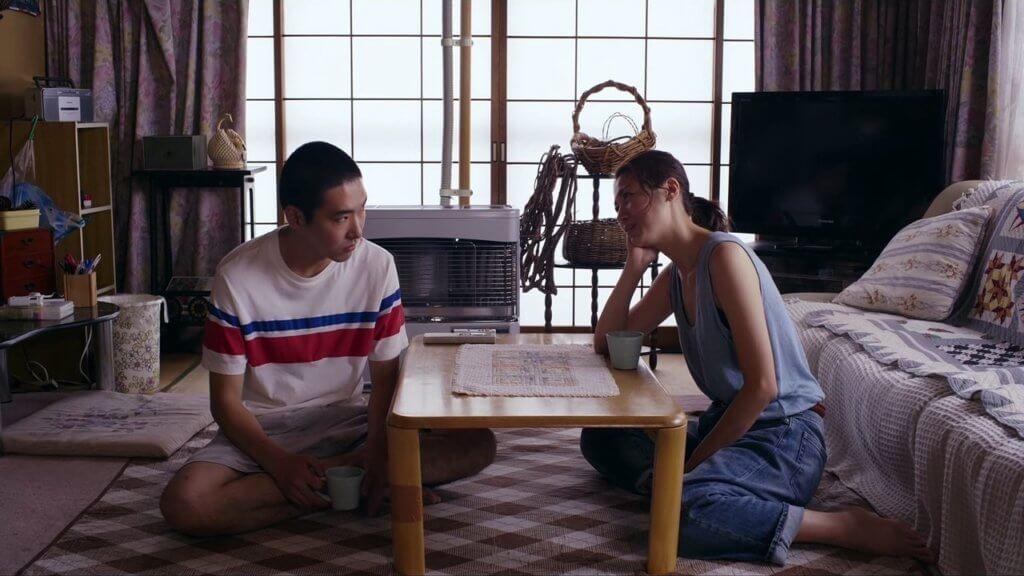 片中準備結婚的女主角,起初挑逗舊情人兼堂兄男主角,令他慾火焚身。