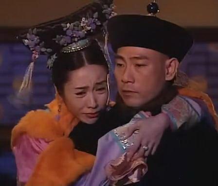 林保怡在無綫拍過不少經典劇集,他在《金枝慾孽》的孫白颺一角,跟黎姿演的玉瑩小主的一段情,令觀眾看得投入,也令他紅遍全國。