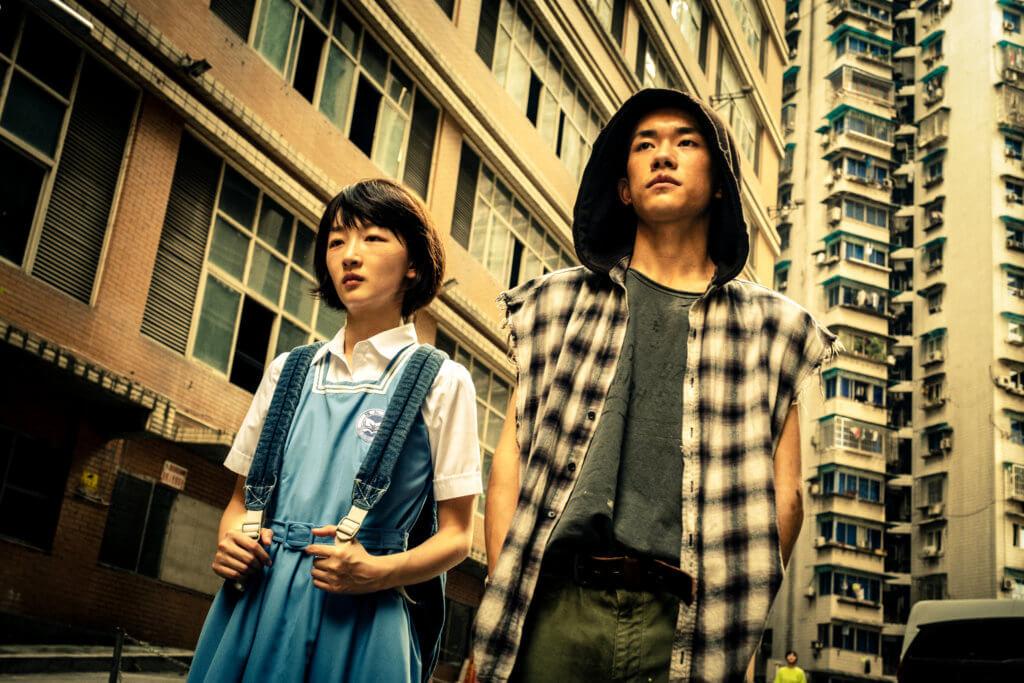 周冬雨與易烊千璽憑《少年的你》奪得最佳女主角和最佳新演員。