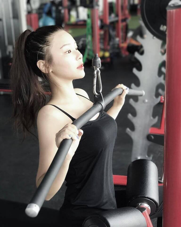 以前喜歡做gym,但肌肉不斷向橫生,令她愈做愈肥。