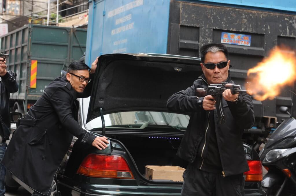 在劇集《雷霆掃毒》飾演黑社會毒犯。