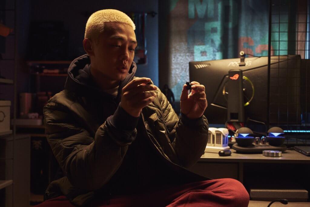 劉亞仁向來頗有自己的想法,朴信惠對他大表讚賞。