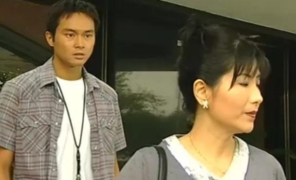 方伊琪在劇集《十月初五的月光》中演「初哥哥」張智霖的生母