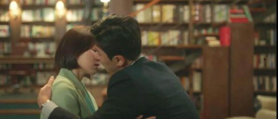 韓藝璃跟上司(申東旭飾)第一天見面,就發生關係。